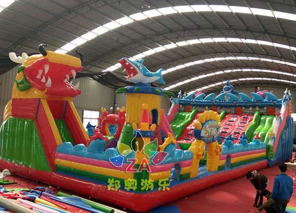 龙鲨manbetx万博官网手机版城堡儿童大滑梯